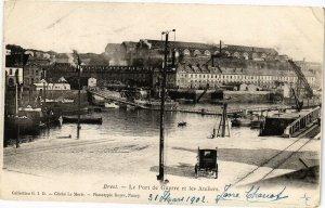CPA BREST - Le port de guerre et les Ateliers (194204)