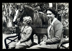 r582 - Quality time for the Queen with Princess Anne & her pony - postcard