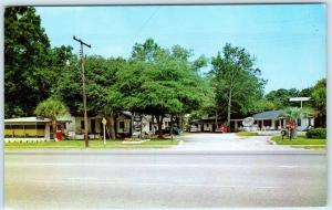 HARDEEVILLE, South Carolina  SC   Roadside  OAKS MOTEL COURT ca 1950s  Postcard