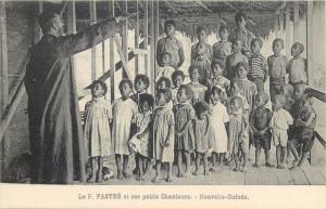 P. FASTRE petit chanteurs Nouvelle-Guinee New Guinea missionary native chorus