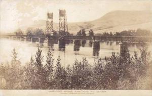 RP: Bridge , KAMLOOPS , B.C. , Canada , 1910-30s; Postcard Photo Co adv on back