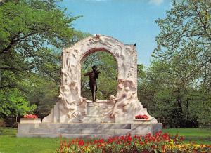 Wien Vienna Stadtpark Johann Strauss Denkmal Statue