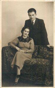 Postcard Social history family portrait 1935