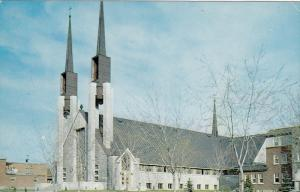 Saint Martyrs Church, VICTORIAVILLE, Quebec, Canada, 40-60´