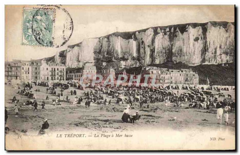 Treport - The Beach has low tide - Old Postcard