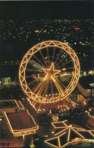 Giant Ferris Wheel at Maple Leaf Village - Niagara Falls, Ontario, Canada