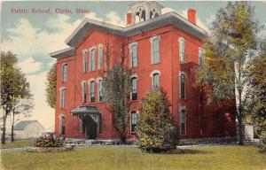 F36/ Clyde Ohio Postcard 1925 Public School Building