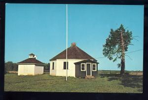Dover, Delaware/DE Postcard, Octagonal School House