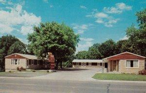 BRAINERD , Minnesota , 1950-60s ; Dellwwod Motel