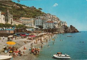Italy Amalfi Panorama e spiaggia