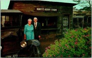 Vintage 1950s KNOTT'S BERRY FARM California Postcard / Walter & Cordelia Knott