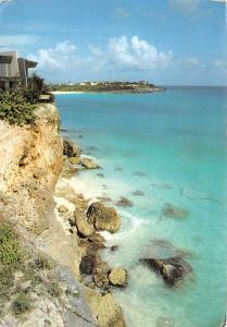 Sint Maarten - Cliffs at Mullet Bay