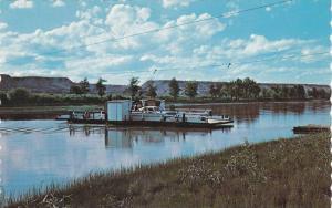 Munson Ferry , Alberta , Canada , 50-60s