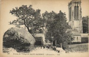 CPA Entrée du Village de St-HERBOT (143177)