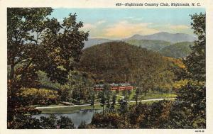 NC, North Carolina  HIGHLANDS COUNTRY CLUB  Macon County   c1940's Postcard