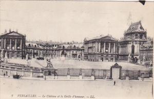 France Versailles Le Chateau et la Grille d'honneur