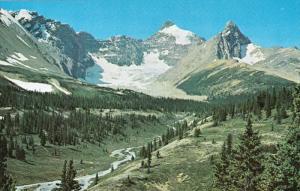 East Face Mt. Athabasca, Jasper Park, JASPER, Alberta, Canada, 40-60´s
