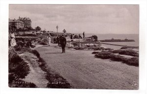 BOURNEMOUTH, England, 1900-1910´s; Cliffs And Pier