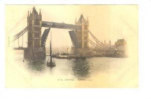 LONDRES (London).- Pont de la Tour, Steamship, England, 1890s