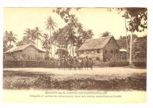 Solomon Islands, Chapelle et maison du missionnaire dans  une station nouvell...