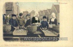 Het Schoonmaken der Ansjovisch Volendam Netherlands Unused