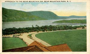 NY - Bear Mountain. Bear Mountain Park. Approach to Bear Mountain Inn