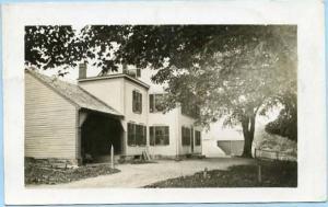 VT - Waterbury. Farmhouse    *RPPC
