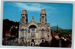 Canada, The Basilica, Chrome Postcard