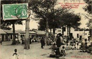 CPA AK Fortier 535, Thies- Place du Marché, SENEGAL (762101)