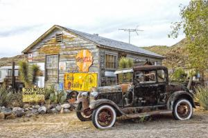Postcard Model A Ford, Hackberry General Store, Route 66, Arizona, USA Z79