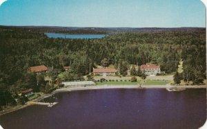 LAKE ELLENWOOD , Nova Scotia, 40-60s ; Braemar Lodge