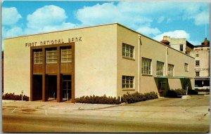 Waycross, Georgia Postcard FIRST NATIONAL BANK Street View Dexter Chrome c1950s