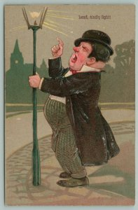 PFB~Red Nosed Drunk Clings To Lamppost~Scolds The Light~Germany~Serie 6895~1908