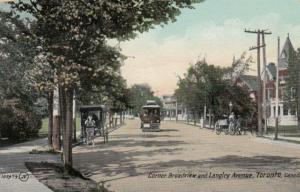 TORONTO , Ontario , 1900-10s ; Corner Broadview & Langley avenue