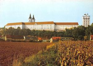 Stiftsansicht von Sueden Benediktinerstift Kremsmuenster