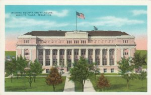 WICHITA FALLS , Texas, 10-20s; Court House
