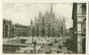 Italy, Milano, The Square of the Duomo, 1933 used Postcard