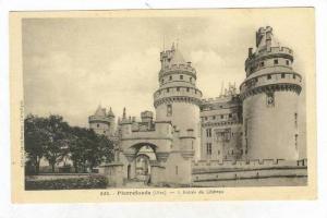 Pierrefonds (Oise), France, 00-10s L Entreedu Chateau