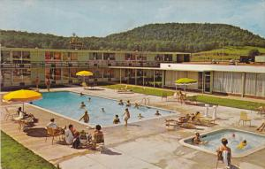 Holiday Inn (Swimming pool) , CAVE CITY , Kentucky , PU-1969