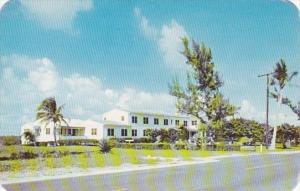 Florida Pompano Beach Silver Thatch Inn