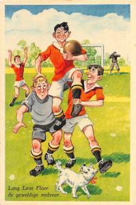 C99/ Sports Postcard Soccer Football Futball 60s Netherlands? Players Dog 21