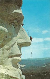 MT RUSHMORE HEAD OF LINCOLN CLEANING and REPAIR POSTCARD