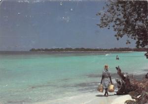 Jamaica - Beach Vendor