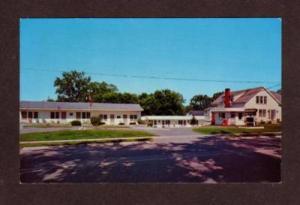 VT Highlander Motel Rt 7 RUTLAND VERMONT POSTCARD