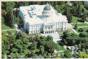 California Sacramento State Capitol Building and Capitol Park