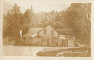 RP: WARDSBORO , Vermont, 1940s ; Store & Residence & Gas Pumps