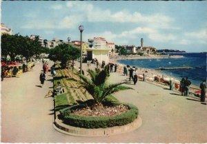 CPM SAINT-RAPHAEL La Promenade au Bod de Mer (1113636)