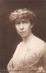 Postcard S.M. La Reine Elisabeth de Belgique, Bruxelles royalty