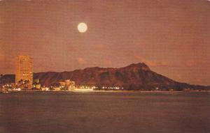 Waikki Beach in the moonlight, Hawaii, 40-60s