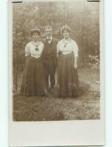 Old rppc GROUP OF PEOPLE Great Postcard AB1543